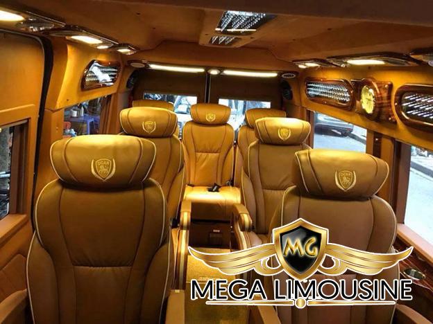 Xe limousine Hà Nội Thanh sang trọng và tinh tế với 7 ghế bọc da, nội thất đẳng cấp