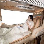 Xe Limousine giường nằm đi Đà Lạt từ Sài Gòn được thiết kế hiện đại với đèn đọc sách, cổng sạc USB